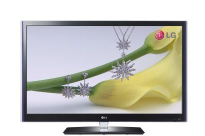 Front view of the LG CINEMA 3D TV