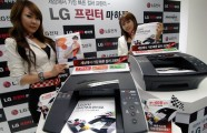 Two models introducing the LG A4 color desktop printer LG Machjet