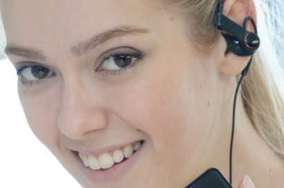 A model using LG's Heart Rate Earphones
