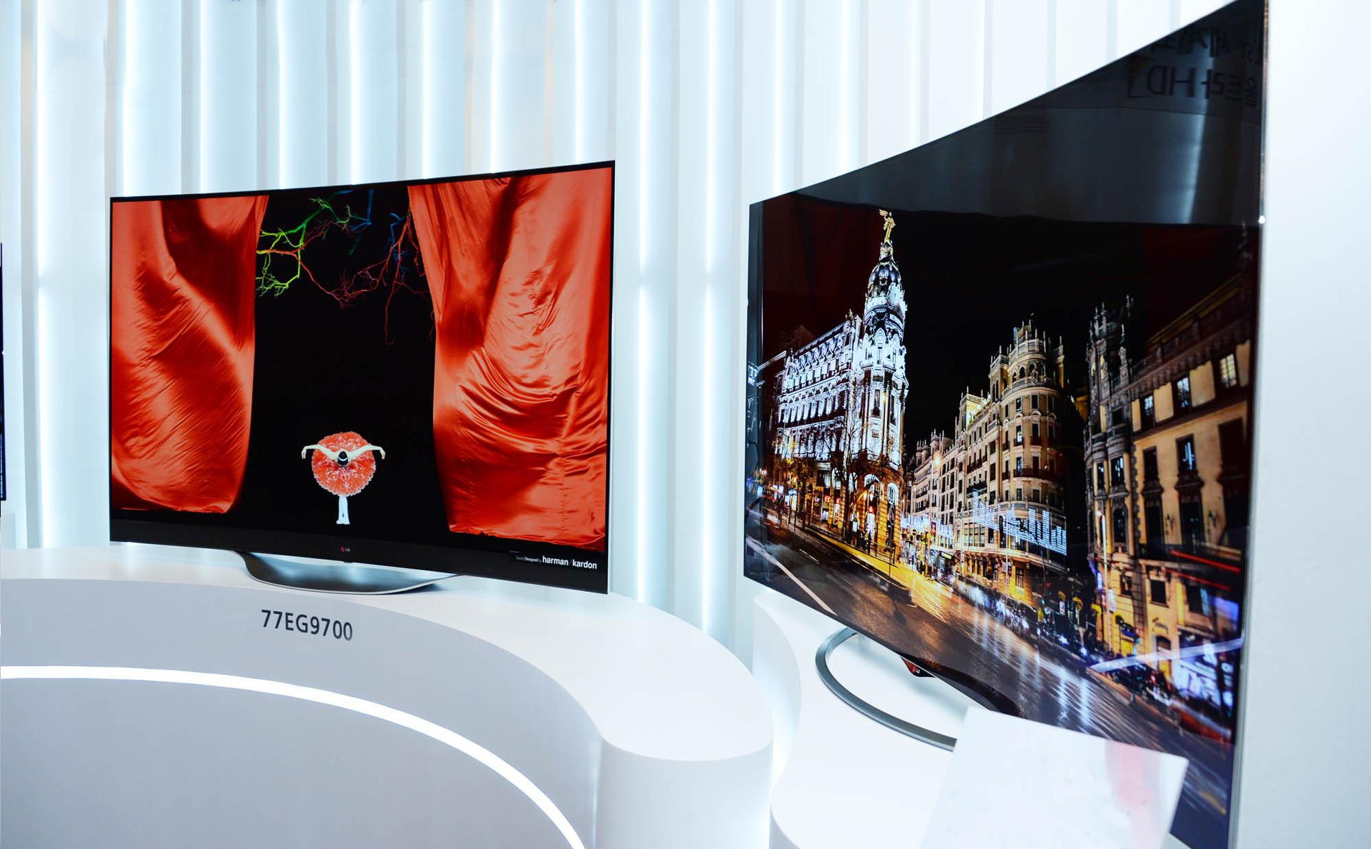 lg first to commercialize 4k oled tv lg newsroom. Black Bedroom Furniture Sets. Home Design Ideas