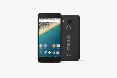 Front and back view of the Nexus 5X in Charcoal Black