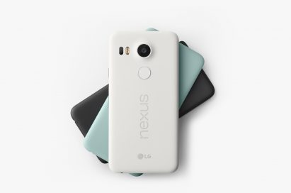 Back view of the Nexus 5X in Quartz White, Ice Blue and Charcoal Black placed on top of each other