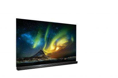 LG's HDR-enabled 4K OLED TV displaying the Aurora Borealis