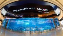 LG OLED Wall 02