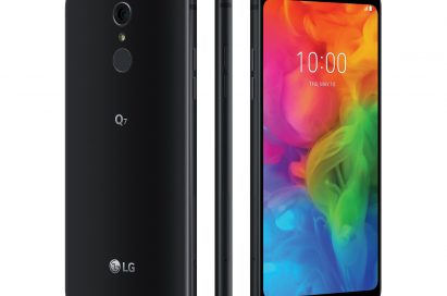 The rear, side and front view of the LG Q7 in Aurora Black, side-by-side