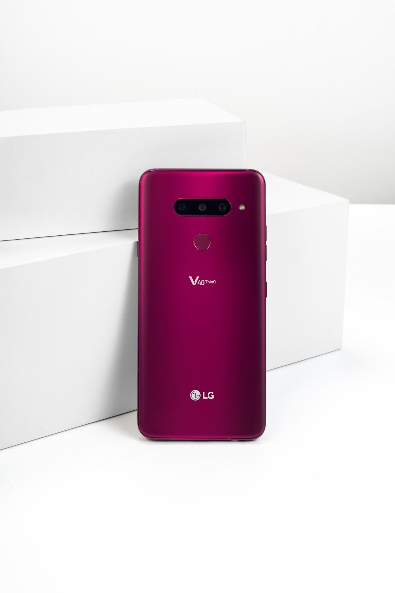 LG DELIVERS ULTIMATE FIVE CAMERA SMARTPHONE WITH LG V40
