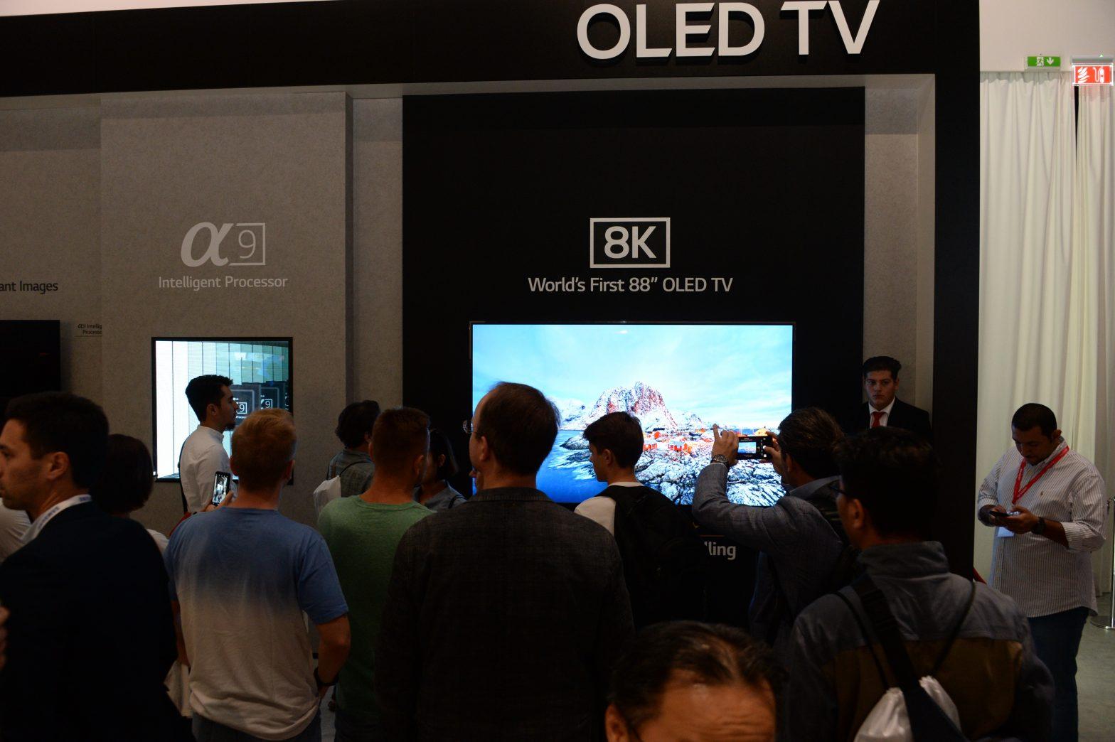 LG 8K OLED TV (4)