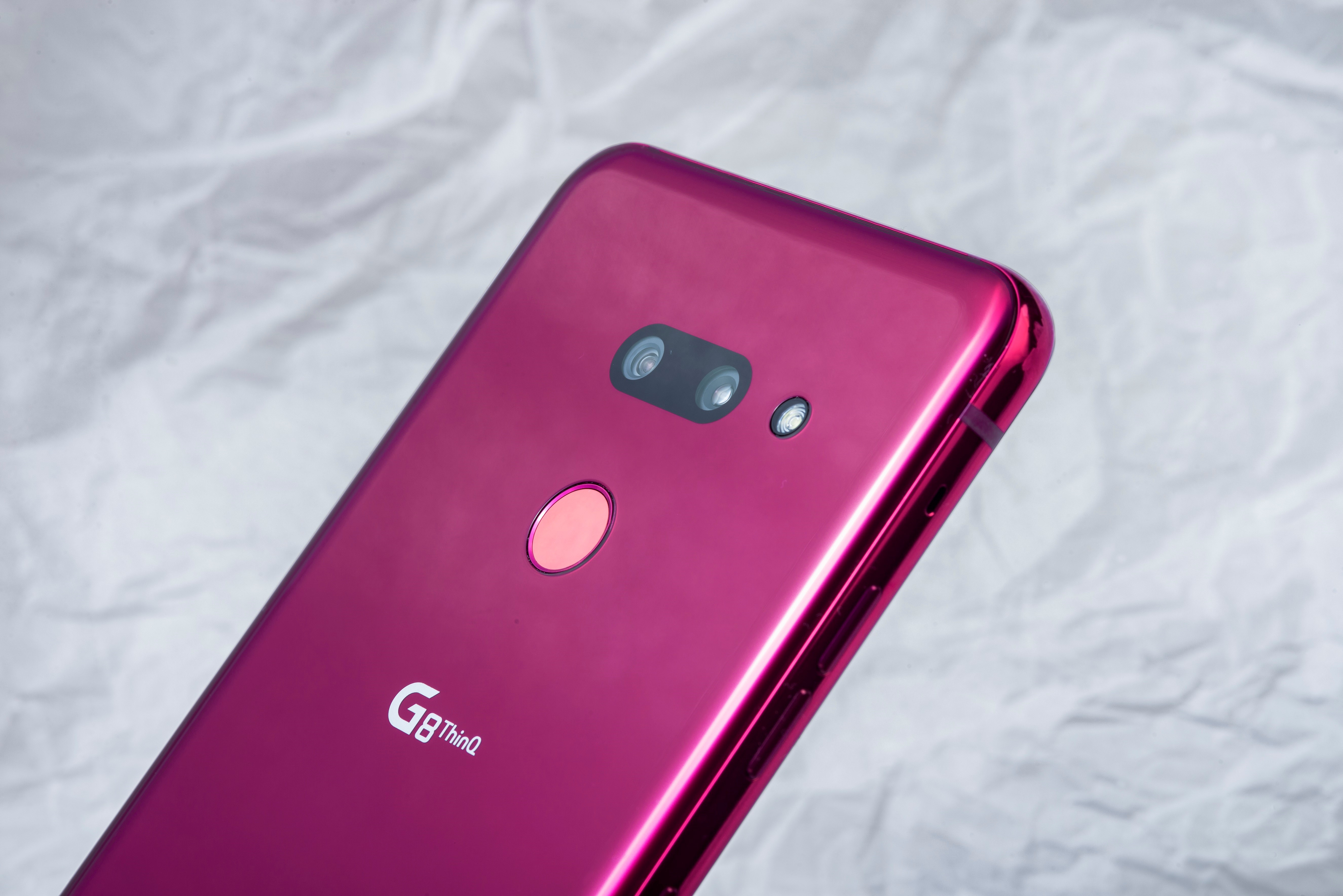 The rear side of LG G8 ThinQ