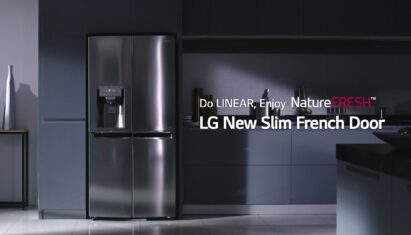 The overall shot of LG NatureFRESH™ technology with LinearCooling™ in a modern kitchen