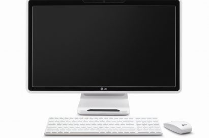 Front view of the LG all-in-one PC model V3004