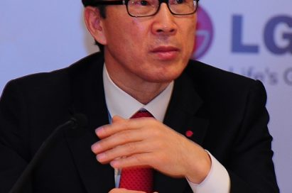 Moon-bum Shin, executive vice president and CEO of the LG Home Appliance Company