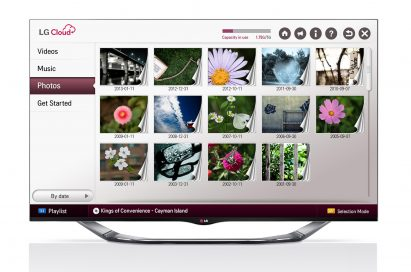 LG Cloud service showing stored photos on screen