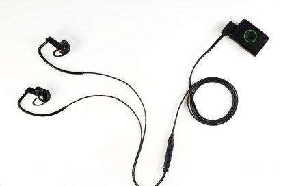 Above view of LG's Heart Rate Earphones
