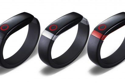 LG Lifeband in black, silver and red