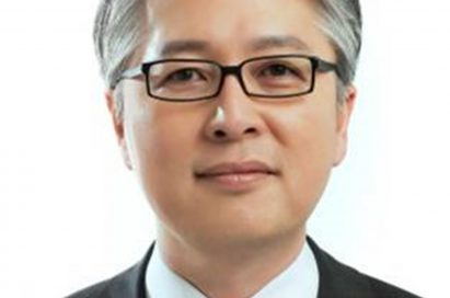 A headshot of Brian Kwon, executive vice president and chief executive officer of the LG Home Entertainment Company.