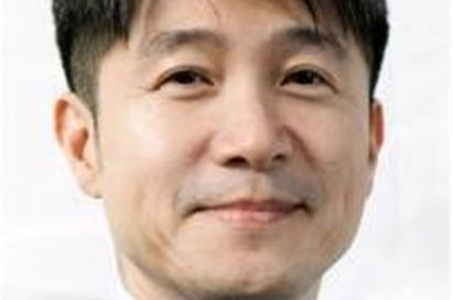 A headshot of Juno Cho, president and chief executive officer of the LG Mobile Communication Company.