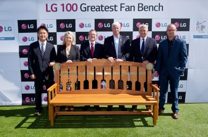 Group photo in front of a bench where the names of the 100 Greatest Fans will be engraved to mark the biggest event in cricket.