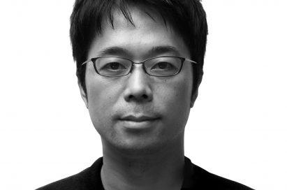 A headshot of world-renowned designer, Tokujin Yoshioka.