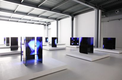 A wide-angle view of many of the installations found inside Tokujin Yoshioka's art exhibition, equipped with LG's OLED displays to showcase the technology's incredible black levels to visitors