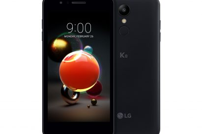 The front and back view of the LG K8 in Aurora Black