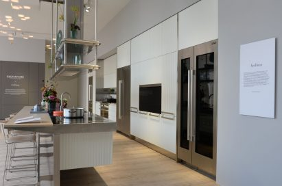 Portion of SIGNATURE KITCHEN SUITE's exhibition hall cooperated with Arclinea at IFA 2018