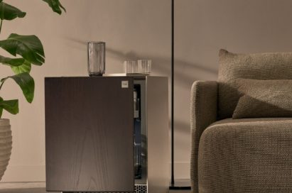 A front view of LG Objet Refrigerator which blends seamlessly into the room's interior