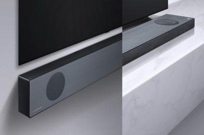 LG Soundbar model SL9YG fixed to a wall below an LG TV next to an image of it placed on a shelf