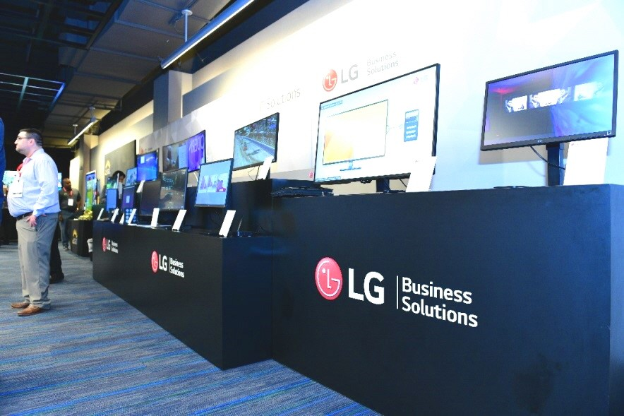 A side view of the promotional stands of LG's B2B monitor products