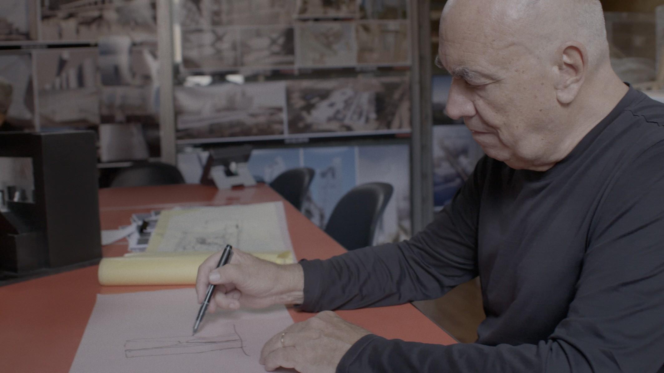 Massimiliano Fuksas designs a floor plan.