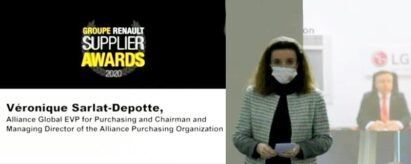 Véronique Sarlat-Depotte presents Renault's accolade to LG's Vehicle Component Solutions business unit