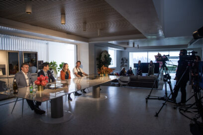 Chef Darren Robertson and co-hosts in the process of filming Australia's virtual LG SIGNATURE experience