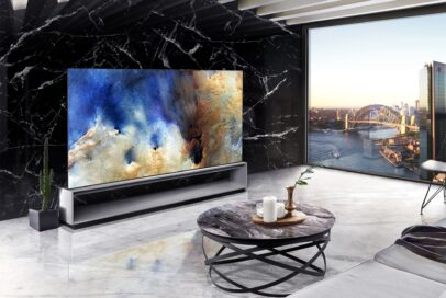 A dynamic, contemporary living space oozing with sophistication thanks to the LG SIGNATURE OLED 8K set against an opposing slab of Spanish Marquina Black marble, the perfect backdrop for the OLED TV's SELF-LIT pixels to deliver richest colors and deepest blacks.